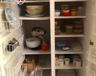 Lots of stuff behind cabinets and in drawers! You gotta come open them all! It's like an advent calendar, only not a calendar and you can open everything at once and okay its nothing like an advent calendar
