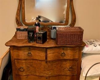 Oak dresser & mirror