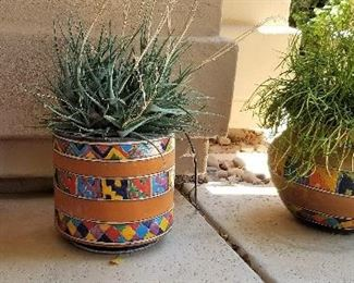 Colorful pots for sale too.