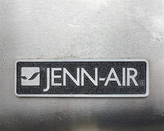 Maker's plaque