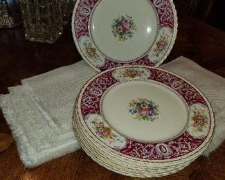 Set of Victoria Plates