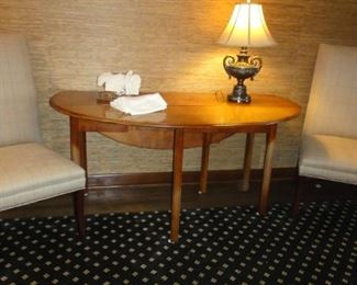 Drop Leaf Table, 4 matching parsons chairs