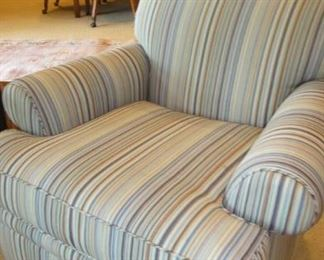 Kravet Furniture, Matching chairs
