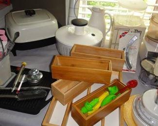 Small Kitchen appliances, kitchen gadgets
