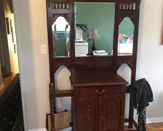 Entryway mirror and storage with drawers
