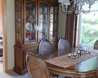 DINING TABLE AND CHAIRS WITH MATCHING HUTCH