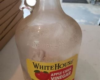 White House Vinegar Jar