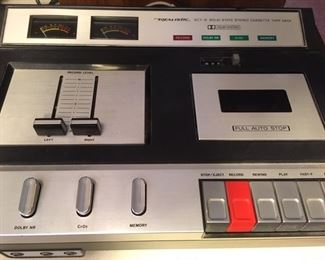 Stereo cassette tape deck with Dolby system, Model SCT-9, by Realistic