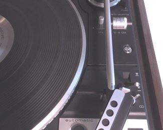 Detail of Dual Model 1249 turntable