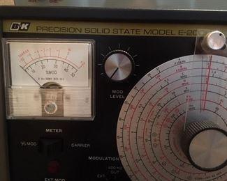 RF signal generator by B & K