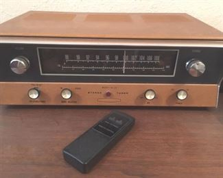 Tube stereo tuner by Heathkit, Model AJ-12
