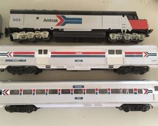HO Scale Amtrak 6 Car Set by Athearn