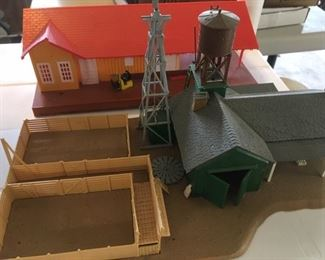 Assembled buildings in HO Scale by Athearn & Tyco