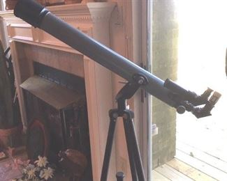 1980s  F=700mm, D=60mm telescope on tripod, Model 2552  by Scope Instrument Co., with box