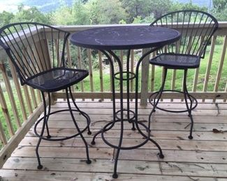 Metal bistro table & two chairs