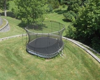 Very nice trampoline - Make offer
