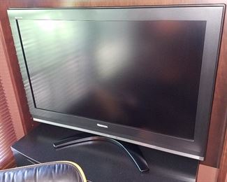 Flat screen Toshiba TV in the Den