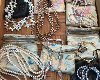 Assorted Honora pearls