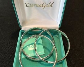14K White Gold bangle bracelets