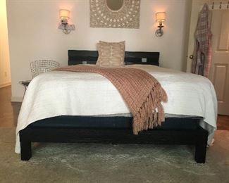 Queen bed Botta Furniture