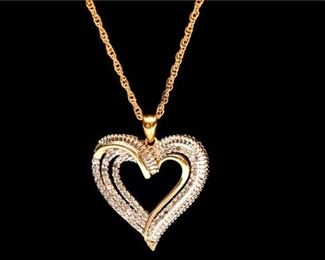 133. Womens Costume Gold Finish Heart Pendant wChain