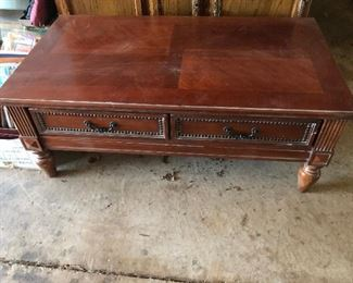 coffee table w drawers