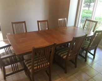 Flaky Oak Expandable Dining Room Table w/ 8 Chairs (Shown with Leaves)