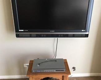 Sony WCG CCFL Wega Engine Television