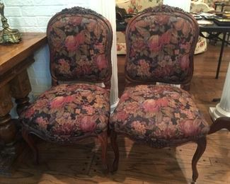 set of 4 Louise XVI Fruitwood chairs