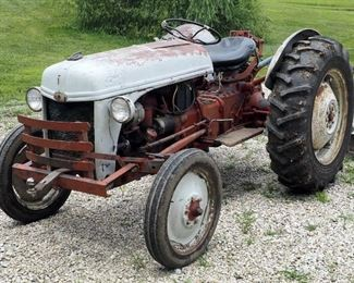 1953 Ford 8-N Gas Powered Tractor Includes Attachment Blade, Powers Up And Runs