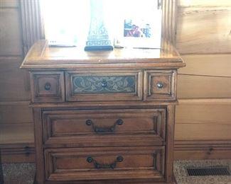 2 matching Stanley nightstand