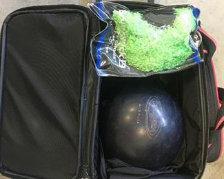 Ladies Bowling Ball & Carrier