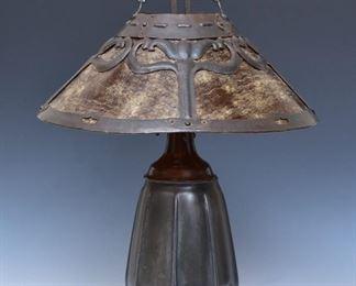 Handel Arts & Crafts lamp