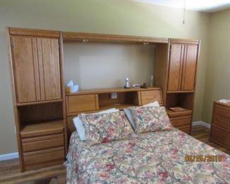 Pier bedroom set