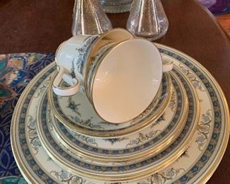 There are additional full China sets in this sale as well as several Christmas dish sets.