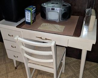 $20   White desk with chair