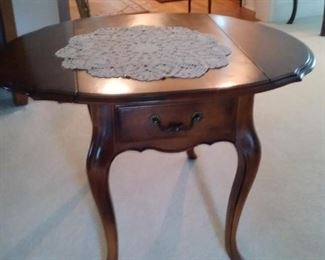 Cherry dropleaf table