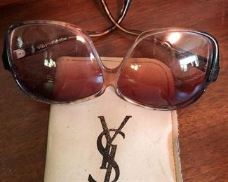 VINTAGE YE SAINT LAURENT SUNGLASSES