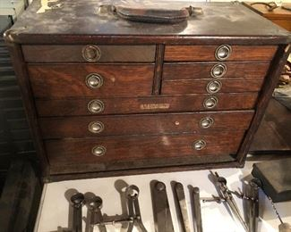 ANTIQUE WOOD TOOL BOX