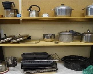 pots and pans, bakeware
