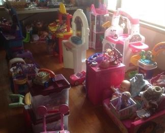 So many toys!  All kinds and ages...many plastic in good shape and clean.