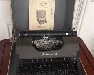 Underwood Leader typewriter