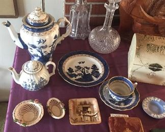 Real Old Willow coffee pot, plate & cup + saucer, crystal decanters, Catholic missal