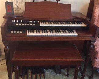 Hammond Model M organ with bench