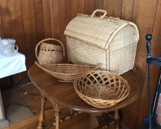 Ethan Allan table and vintage baskets