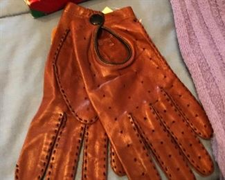 Vintage leather driving gloes