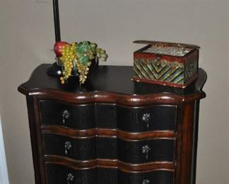 """4 drawer Ethan Allen wooden chest of drawers, 33""""w x 34.5""""h x 17""""d"""