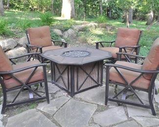 Fire pit table and chair set!!