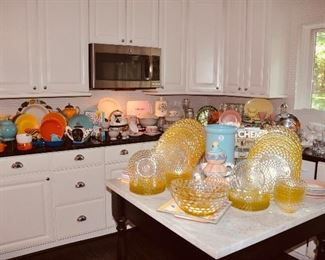 Another view of this great kitchen overflowing with great kitchenware!