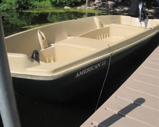 Sun Dolphin American 12' Jon Boat with Minn Kota Trolling motor, charger and Paddles.